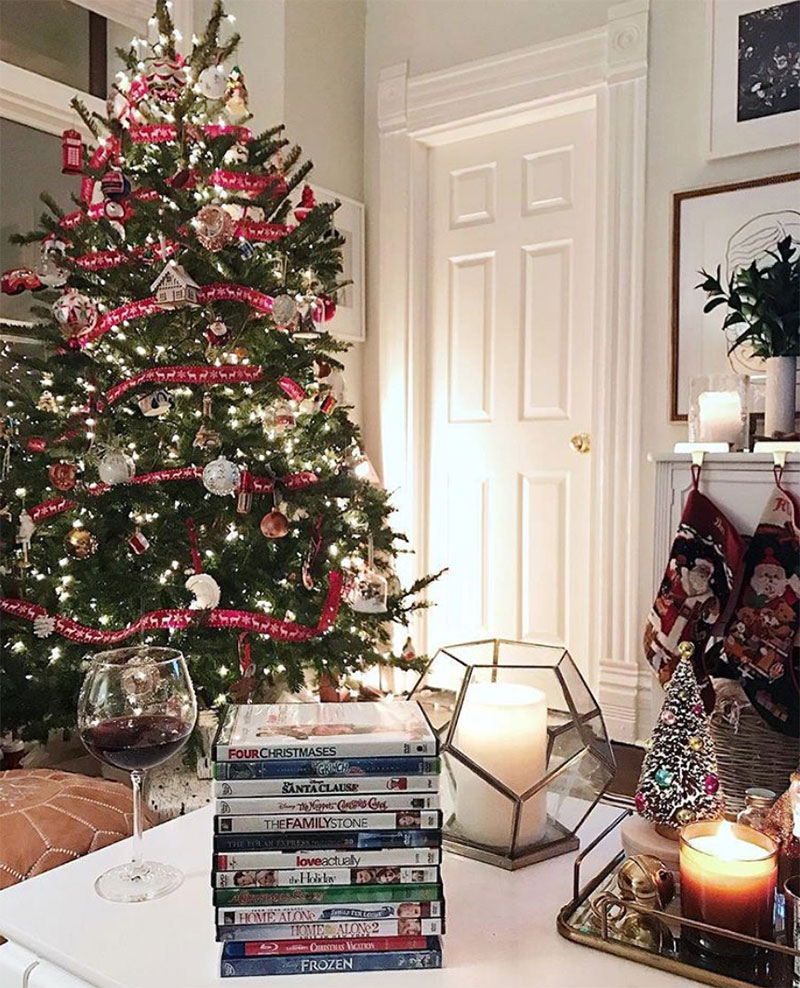 Our Guide To Holiday Home Decor: Our Home's Holiday Decor