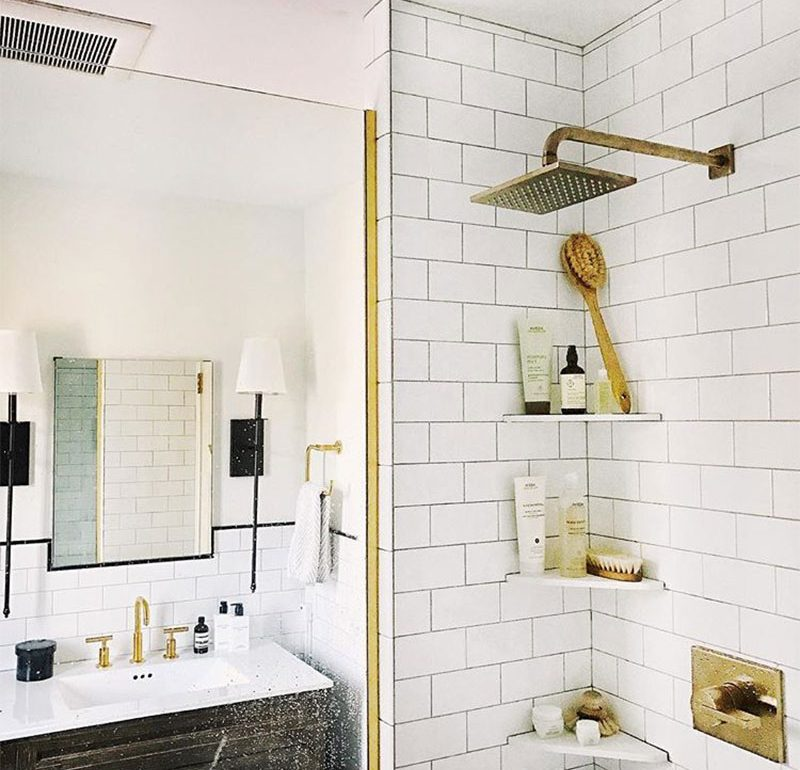 16 Bathrooms That Get Gold Hardware Right